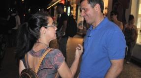Felipe Peixoto inicia panfletagem nas ruas de Niterói