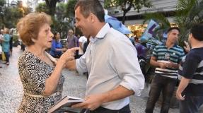 Contagem regressiva: a 4 dias das eleições, Felipe Peixoto mantém rotina de reuniões e ações de rua