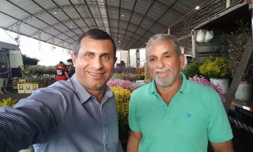 Ex-secretário visita o Cadeg, na Zona Norte do Rio