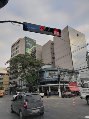 Caxias com semáforo inteligente